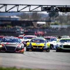 Raceseizoen wordt spectaculair afgesloten met Finaleraces op Circuit Park Zandvoort